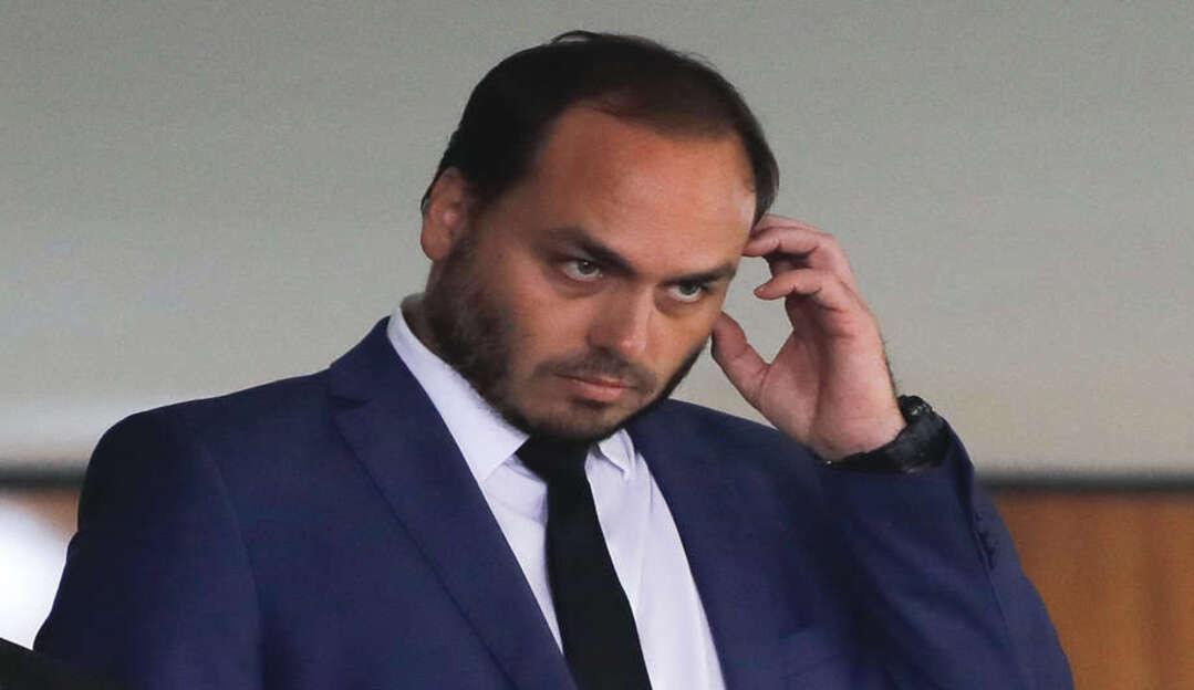 Justiça do RJ autoriza quebra de sigilos fiscal e bancário de Carlos Bolsonaro